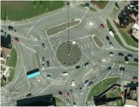 http://4.bp.blogspot.com/-u3NWpOwydgc/T5Abzza1mmI/AAAAAAAABTs/NZxSTFns2eo/s200/Magic+Roundabout.JPG