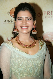 Samantha At Prince Jewellery Exhibition