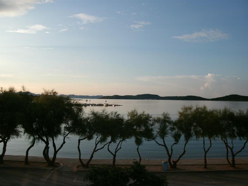 kroaten,urlaub,travel,zadar,vodice,meer,strand,sand,wasser,essen,fleisch,meeresfrüchte