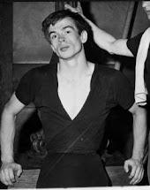 Rudolf Noureev  l'autre côté du miroir, un homme tout simplement