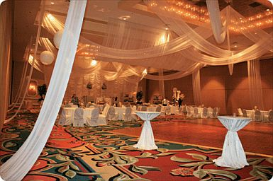 Decoraci n de bodas techos interiores 1 for Budas decoracion interior