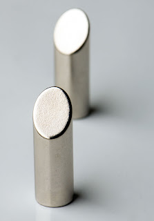 MagScapes - Tall Silver Cylinder Magnet
