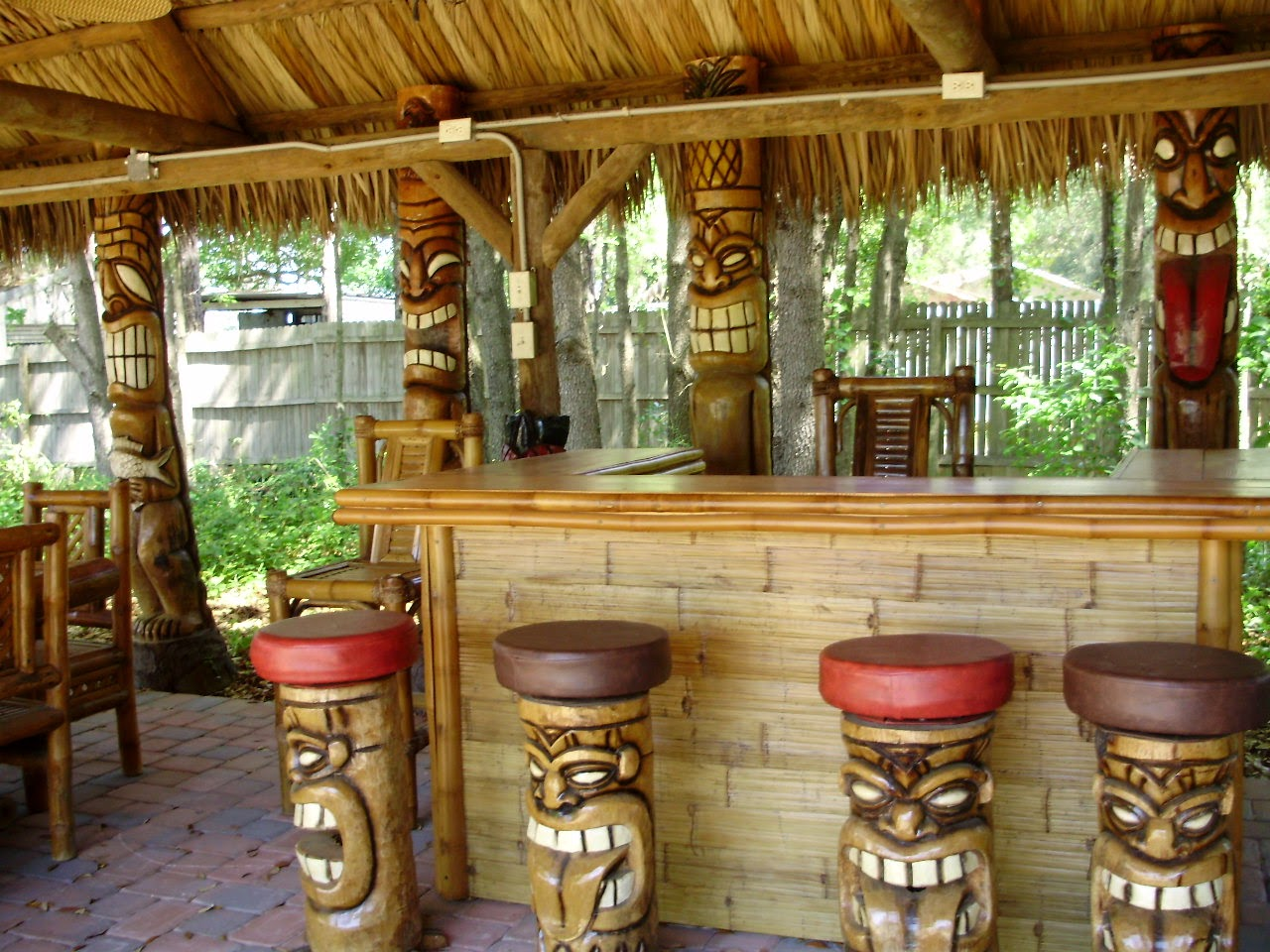 Tiki Tavern – A good Available Living area Pertaining to Delight