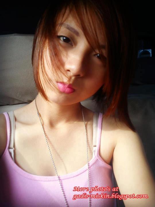 Amoy Cute + Cantik Narsis.