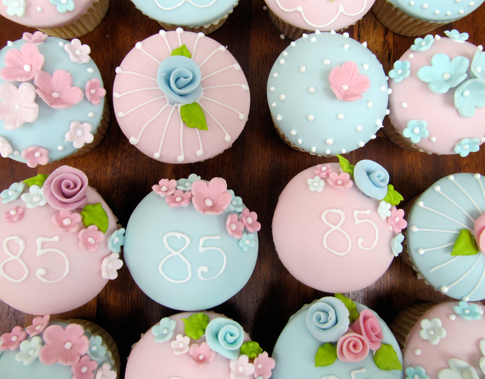 Rosalind Miller Cakes 85th Birthday Cupcakes
