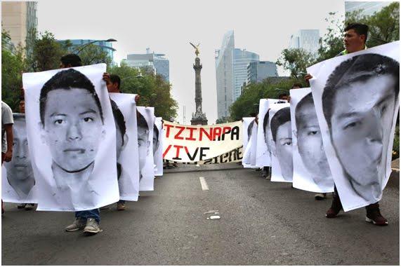 Desaparecidos Marcha por Ayotzinapa sobre Paseo de la Reforma
