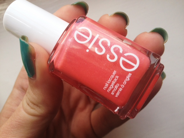 Essie, Essie nail polish, Essie Summer 2013, The More The Merrier, Naughty Nautical, Sunday Funday, nail polish, beauty blog, FashionFake
