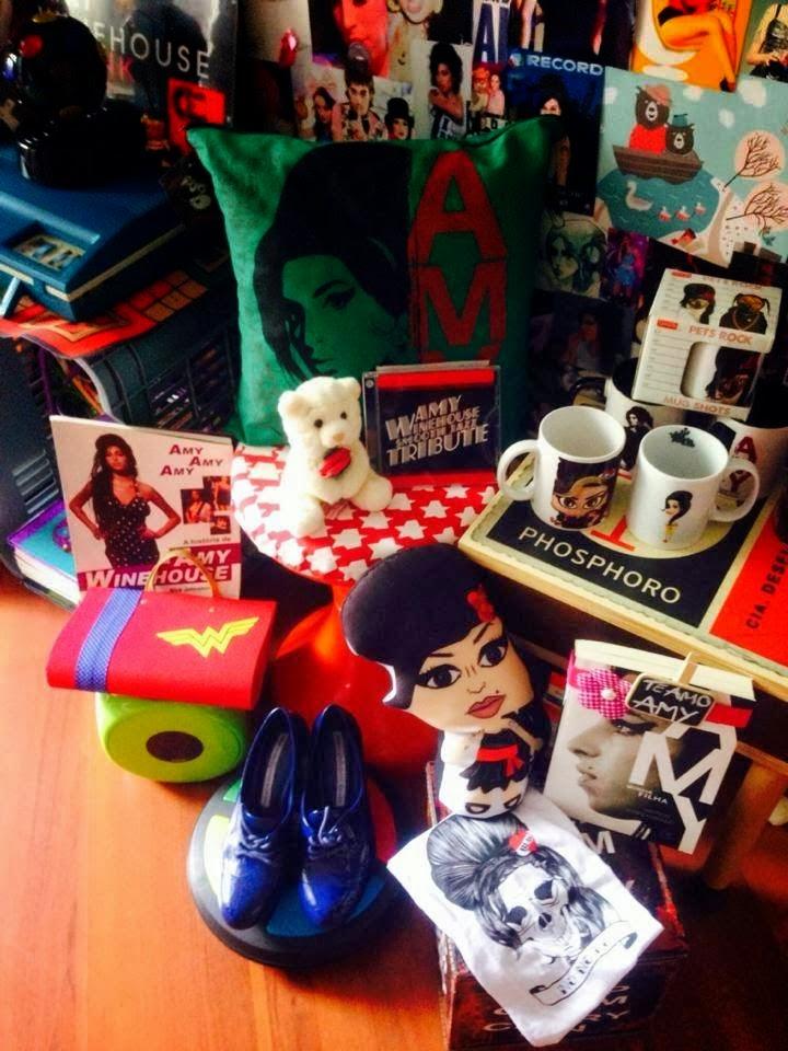 Sósia Amy Winehouse e sua coleção de objetos da Diva Amy Winehouse!
