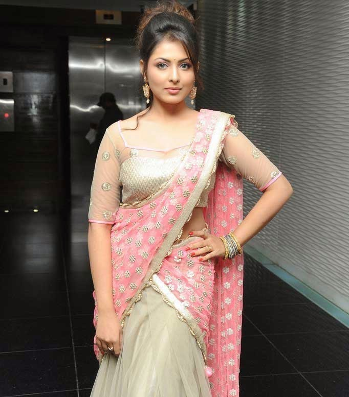 Madhu Shalini at Teach For Change Fashion Show