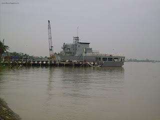 Строителството на F 11 Aung Zeya
