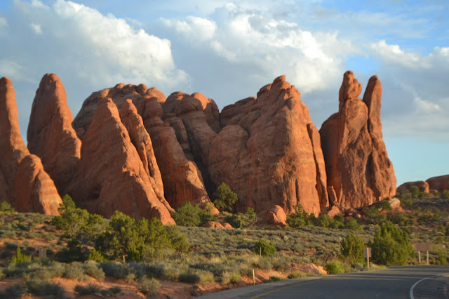 red rocks utah arches national park