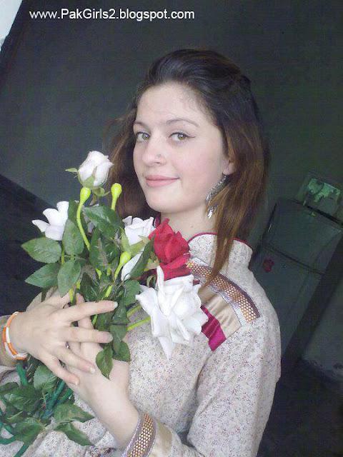 HD Wallpaper Download: Beautiful Pakistani Girls and Women