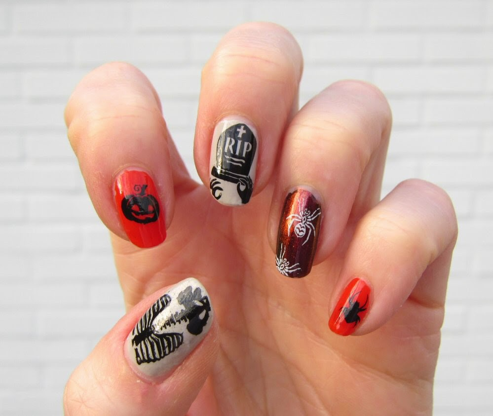 Sanne's Halloween nails 2014