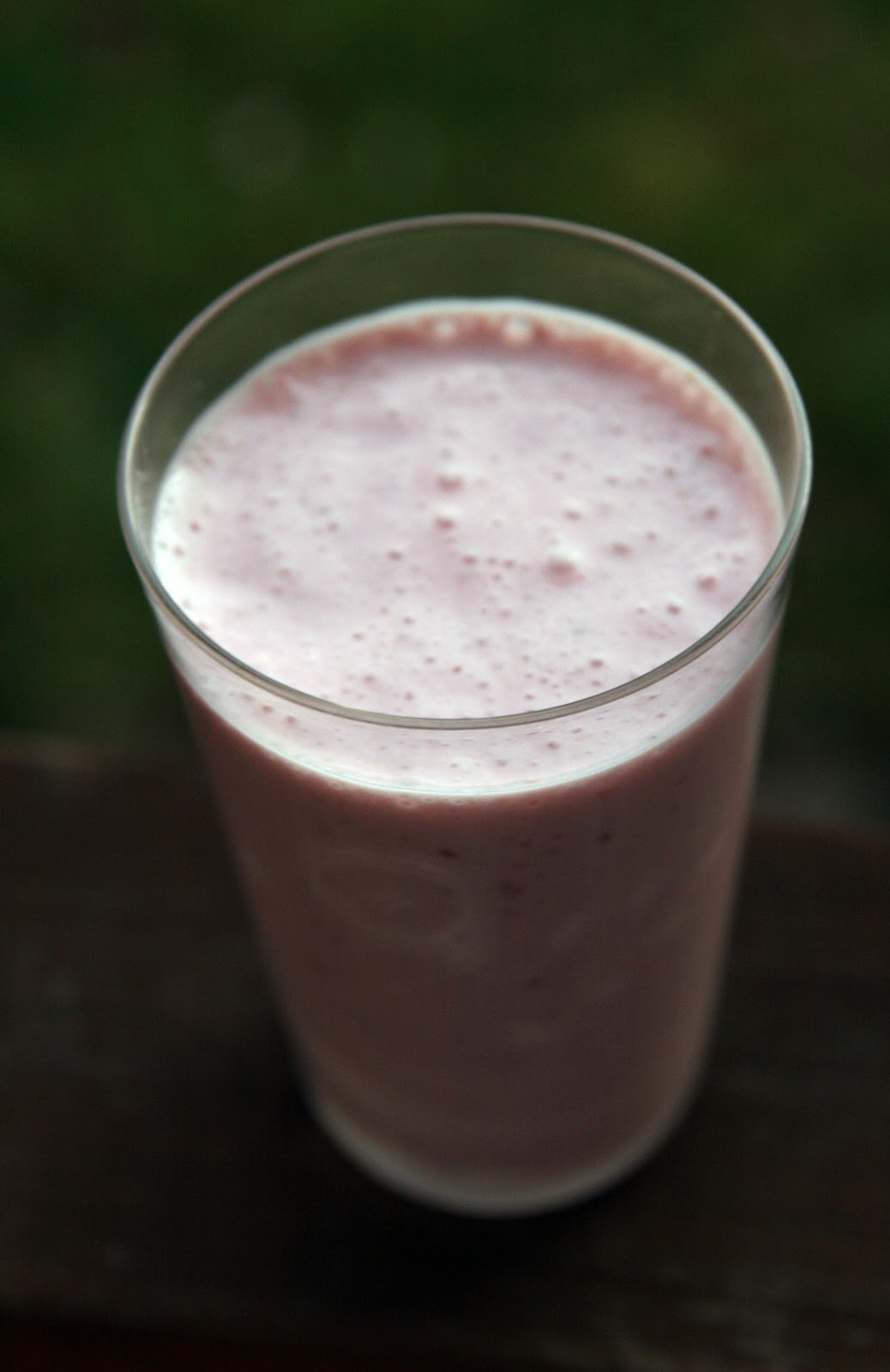 Raspberry Rosewater Ginger Smoothie Recipe   mostly foodstuffs