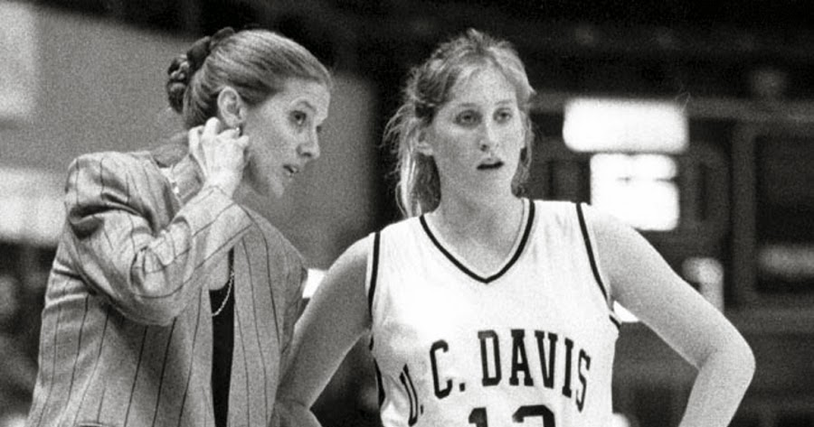 UC Davis inks new deal with womens hoops coach Gross