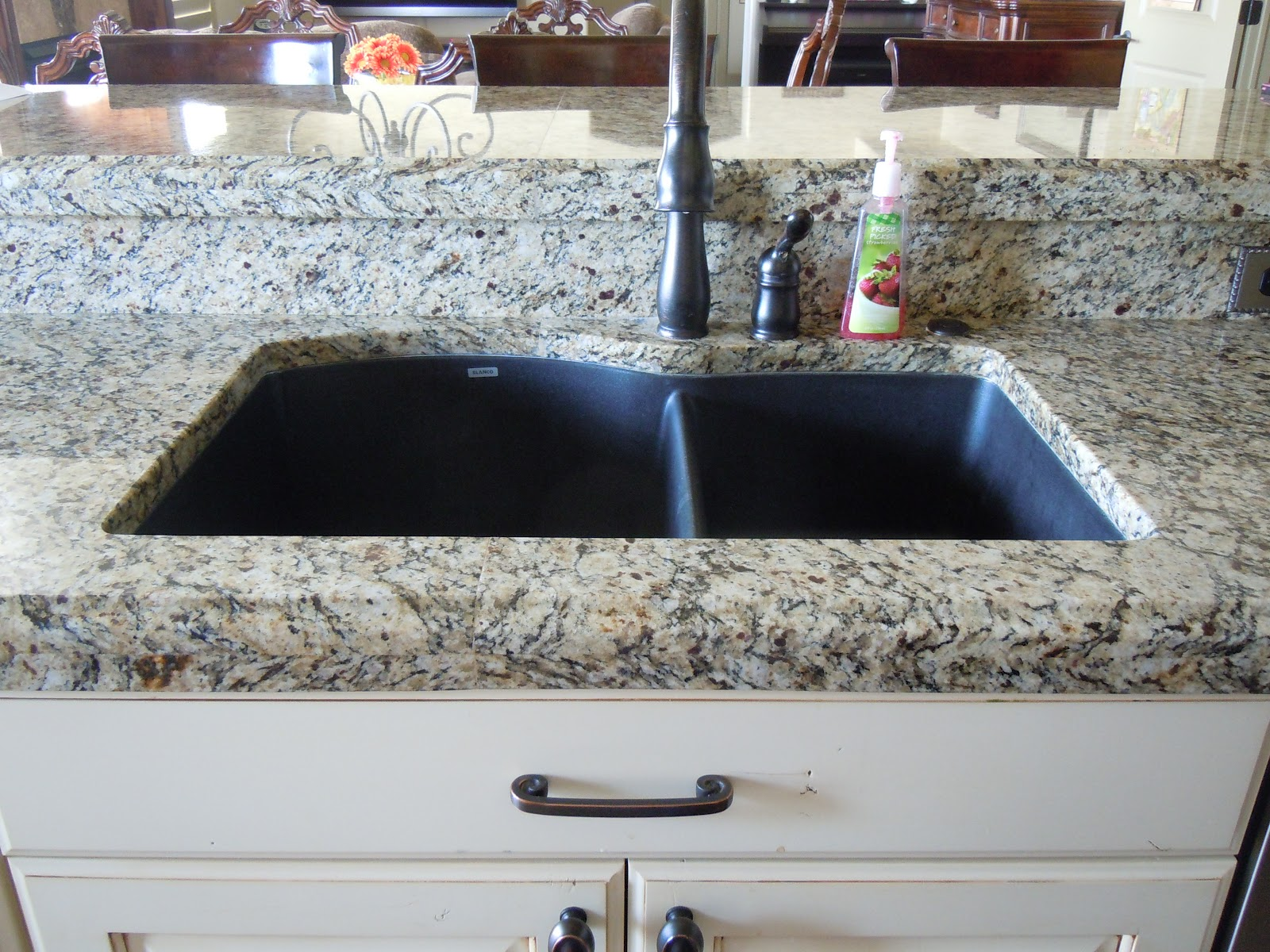 Stone Composite Sink : Composite sinks, Granite composite sinks and Granite on Pinterest