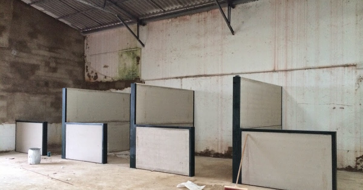 Construcion de establos para caballos de hormig n prefabricado - Locales prefabricados ...