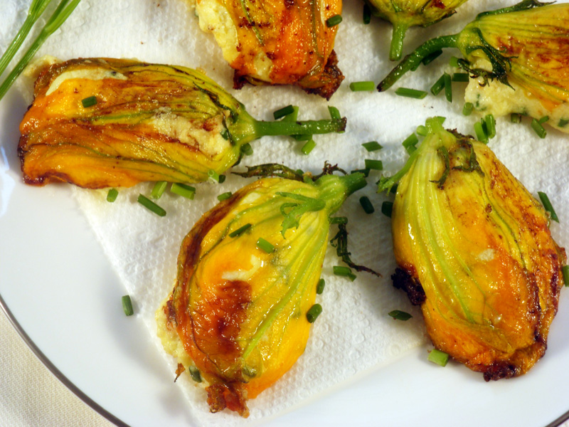 stuffed zucchini blossoms fresh zucchini blossoms only last a day or ...