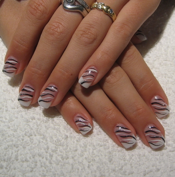 Prettyfulz Fall Nail Art Design 2011: The Fall Creative Nail Designs
