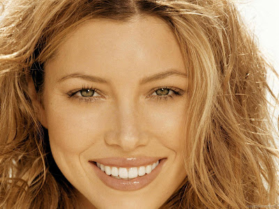 Jessica Biel Hollywood Actress Wallpaper-504-1600x1200