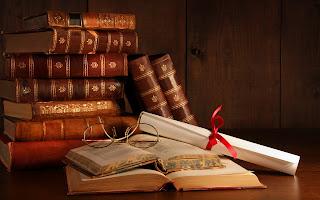 http://4.bp.blogspot.com/-u6qzcLtNPoU/UXaJdWJGVXI/AAAAAAAAAH4/xDue28KI3d8/s1600/Libros-Viejos-Apilados_Imagenes-de-Libros.jpg