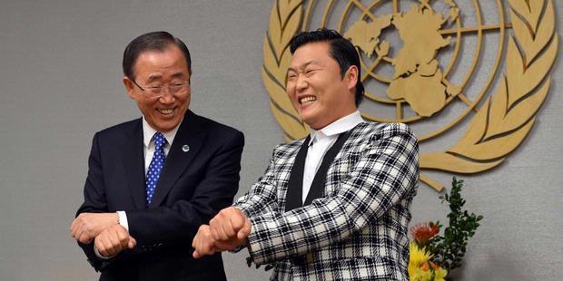 """Psy """"Gangnam Style"""" konser di Jakarta"""