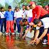 Ratusan Personel TNI dan ASN Pemko Bersihkan Pantai Malin Kundang