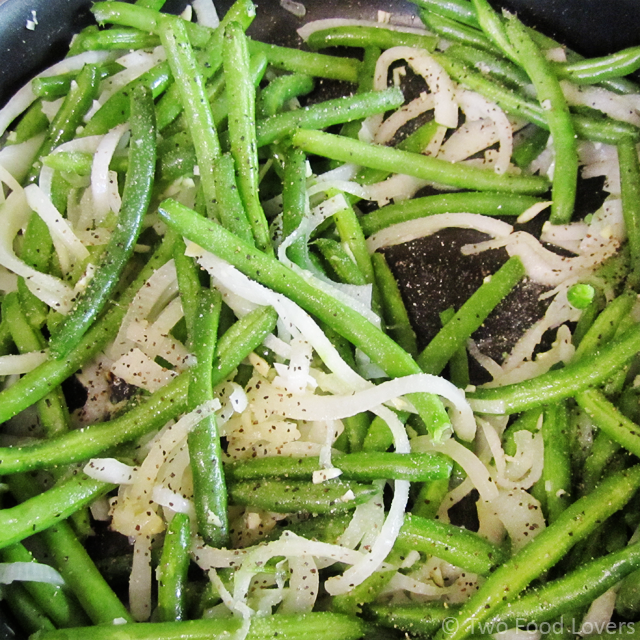 Carmelized Onion & Garlic Green Beans