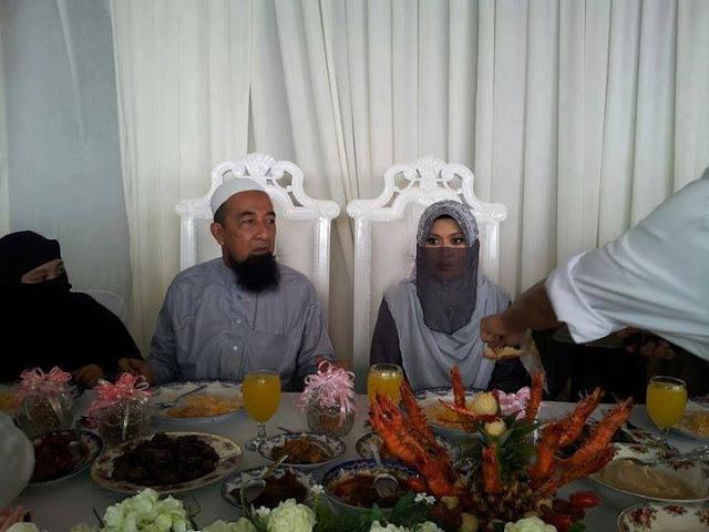 Lagi Gambar Pernikahan Ustaz Azhar & Izyan