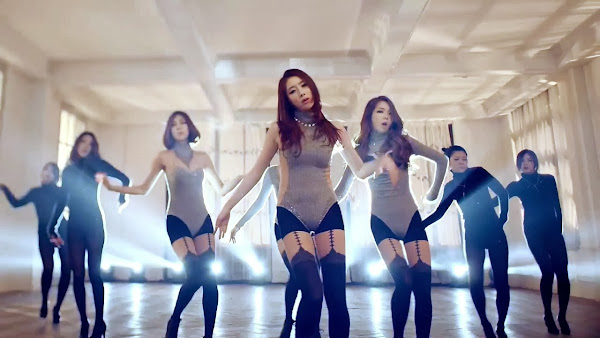 Stellar Gayoung Marionette