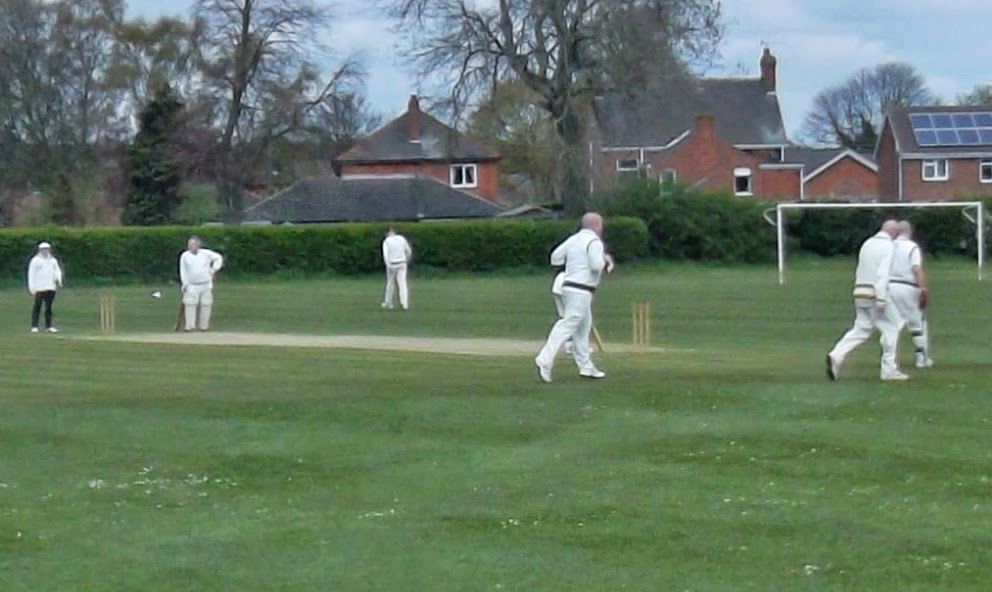 The early stages of the match between Broughton 2nds (batting) and Brigg Town in division four of the Lincolnshire County Cricket League - picture 1 on Nigel Fisher's Brigg Blog