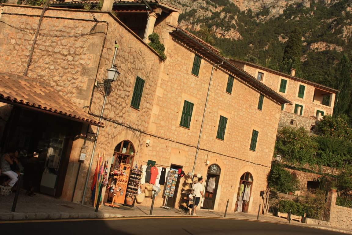 Mallorca dei and valldemossa beautiful places of - Nice home barcelona ...