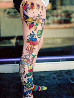 fotos e imagens de tattoos na perna