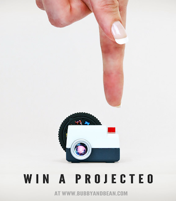 Win a Projecteo Photo Projector from Bubby and Bean!