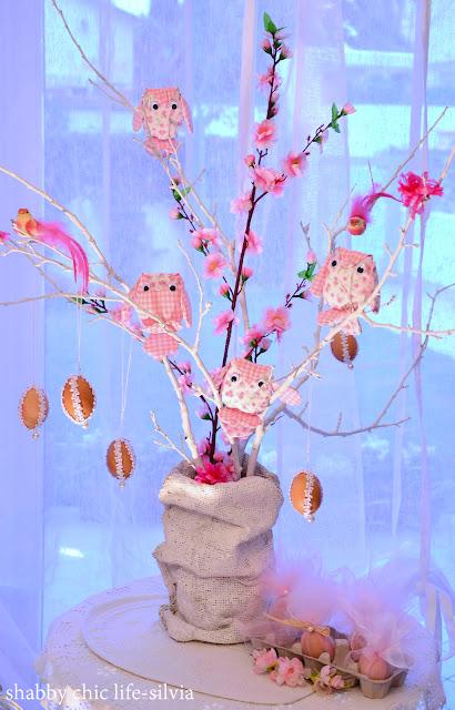albero di Pasqua con i gufi