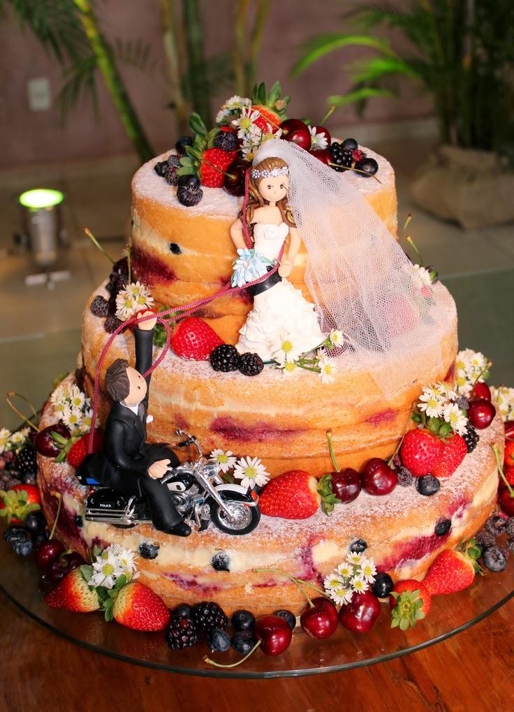 гола сватбена торта