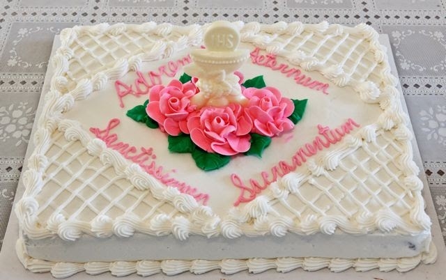 Catholic Cuisine First Holy Communion Cake And Link Up