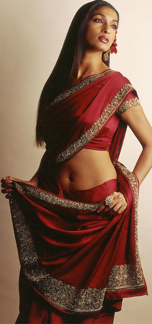 Indian Girls in Sarees - Part 2 | Super Photos