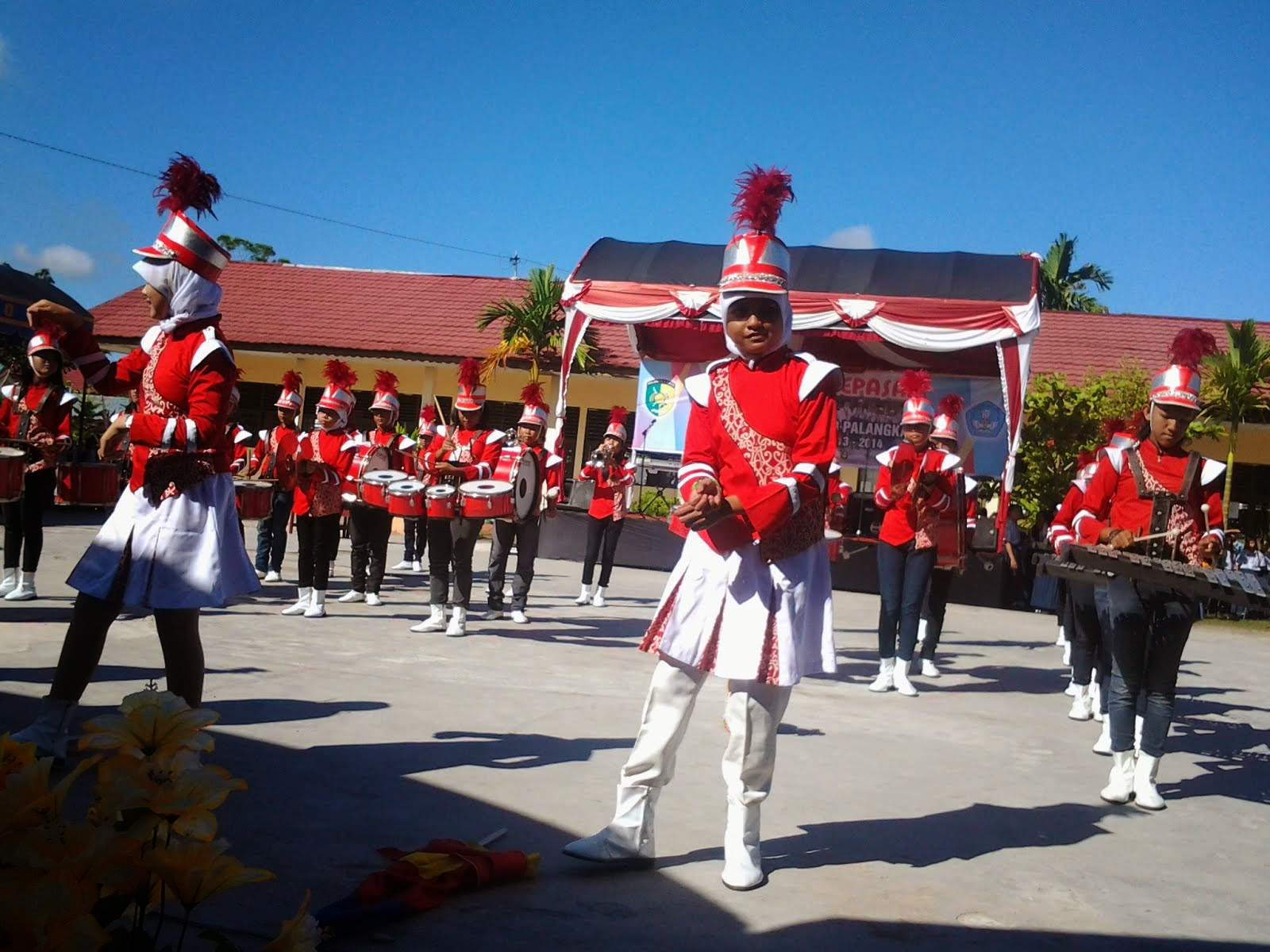 Aksi Drum Band SMPN 8