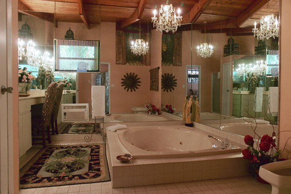 Breeze Me: Tranquil Exotic Bathrooms