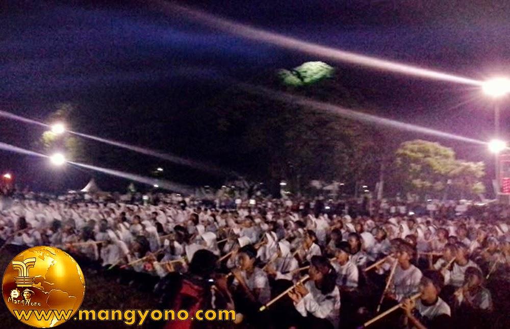 """Pemecah Rekor MURI Sebanyak 1.250 Orang Memainkan alat musik tradisional Subang  """"Toleat"""""""