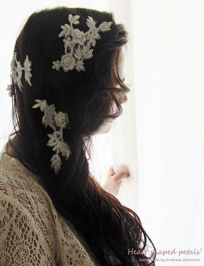 Bridal hair lace appliques