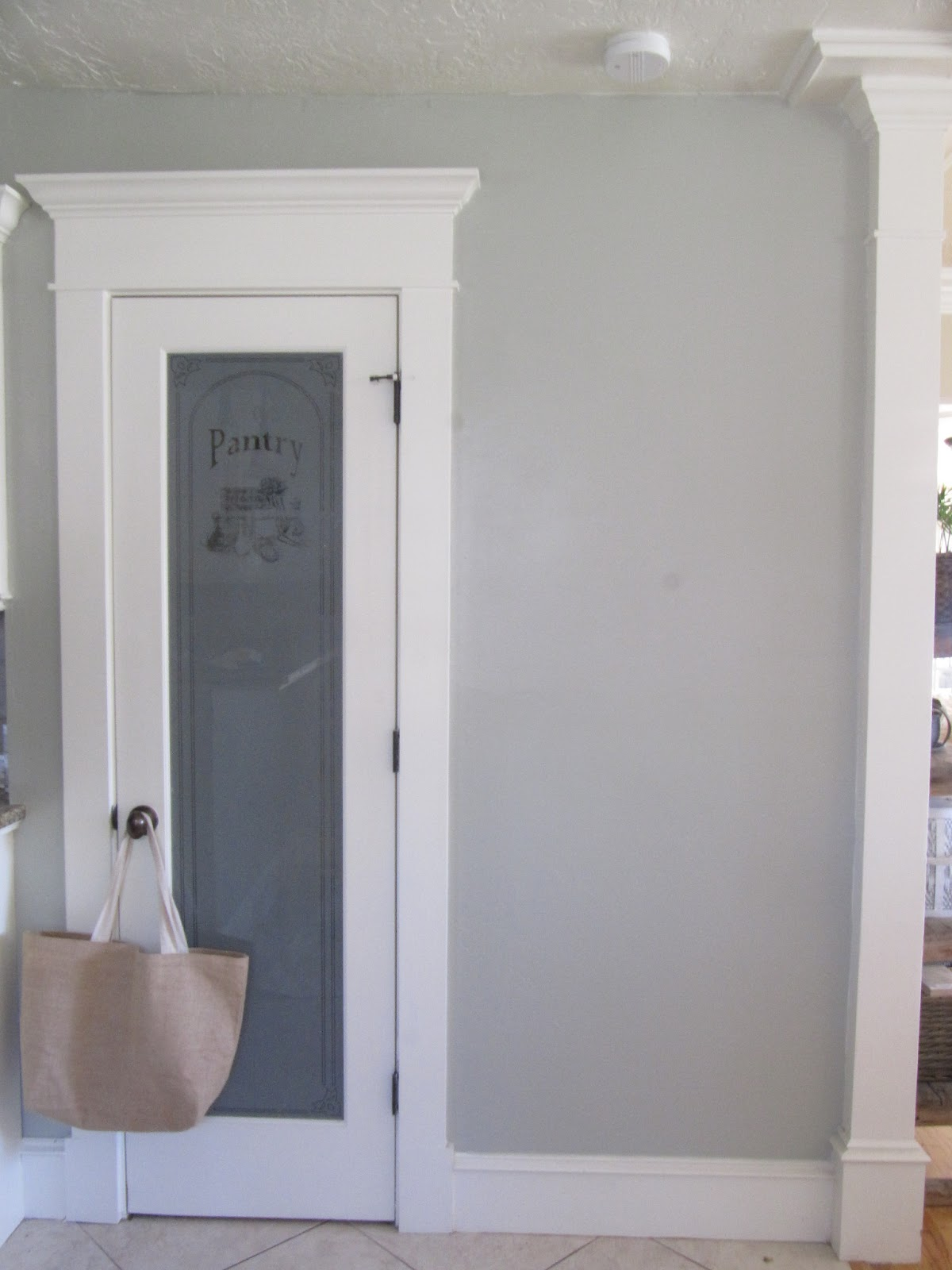 Benjamin moore moonshine vs gray owl images for Benjamin moore misty grey