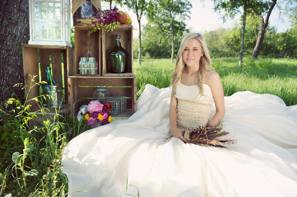 My daughter wore two wedding dresses a day in the for Vintage wedding dresses dallas
