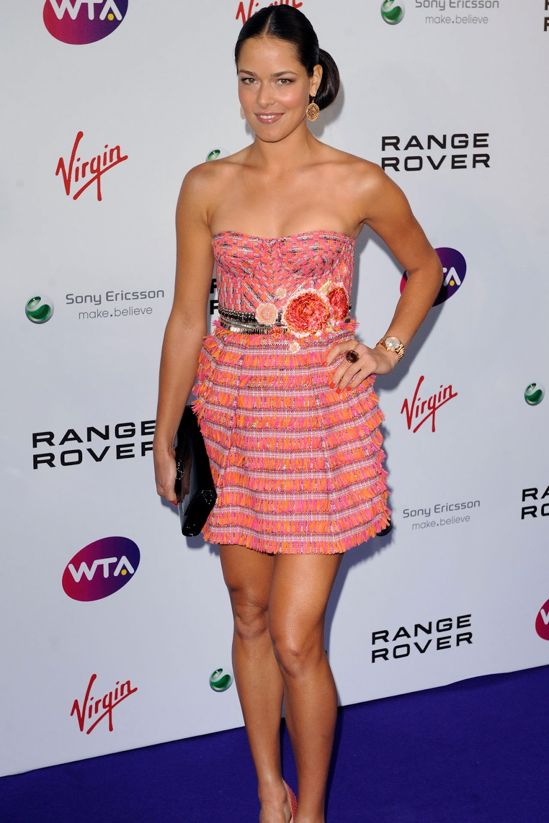 http://4.bp.blogspot.com/-u9TnYCl1Mok/TgQuoegjQOI/AAAAAAAABEg/aZDUg9egdmo/s1600/Ana-Ivanovic-fashion-wearing-Matthew-Williamson.jpg