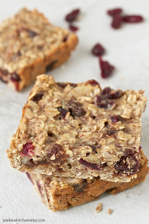 Easy fruit and grain energy bars for breakfast or afternoon snack