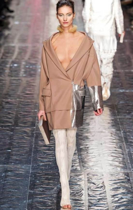 fashion-show-2014-acne-coat-camel-silver-outfit-