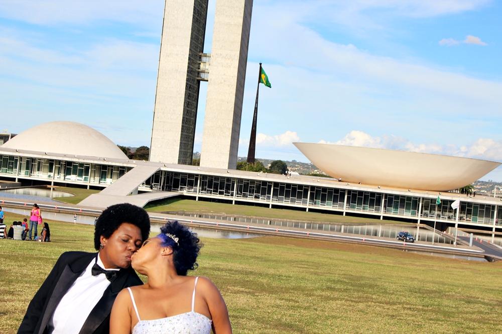 Após reclamações, organização da Parada LGBTS de Brasília muda tema da 19ª edição