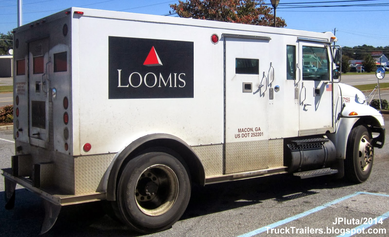 Armored Money Truck - Truck Pictures