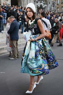 http://4.bp.blogspot.com/-u9kydFFBhP8/UZ_MTlNfPLI/AAAAAAAAVZA/BgUeKA7rAps/s1600/Paris-Fashion-Week-Street-Style-Spring-2013-10.jpg